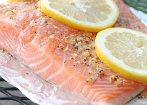 Grilled Salmon with Lemon